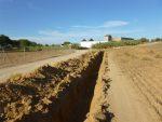 Los ecologistas de Alcalá denuncian una zanja de 500 metros en la zona arqueológica de Gandul