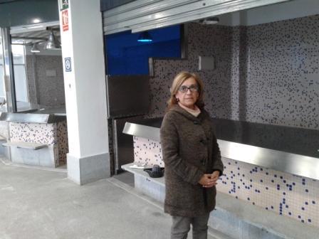Carmen R. Hornillo en la Plaza de Abastos de Alcalá de Guadaíra