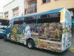 La Junta Electoral ordena al PSOE de Limones retirar publicidad en autobuses