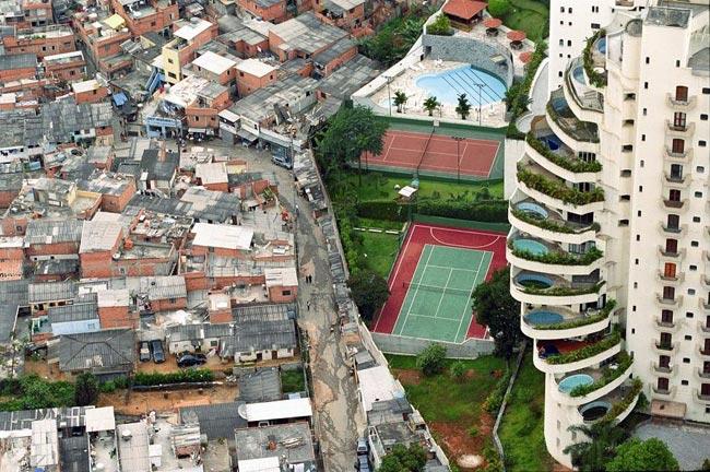 Ricos viviendo junto a pobres. Desigualdades insostenibles entre países vecinos.