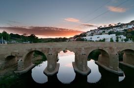 Puente restaurado que ha quedado de lujo.