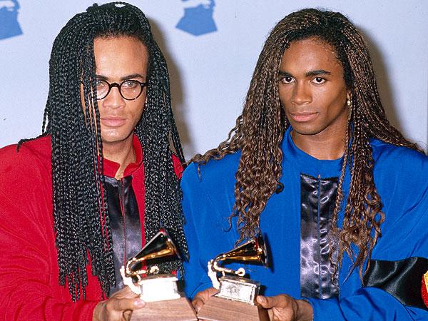 Ellos se llevaban los premios y la fama, pero no sabían cantar.  Eran otros los que lo hacían, hasta que se descubrió el juego.